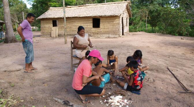 Faire sa place et faire «famille» dans les villages de basse Amazonie (Brésil)